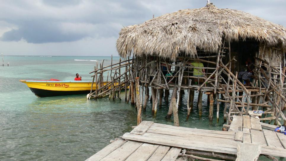 Pelican Bar Jamaica adventugo.com