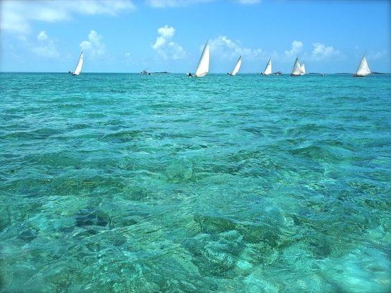Snoop Sailing Bahamas Adventugo.com