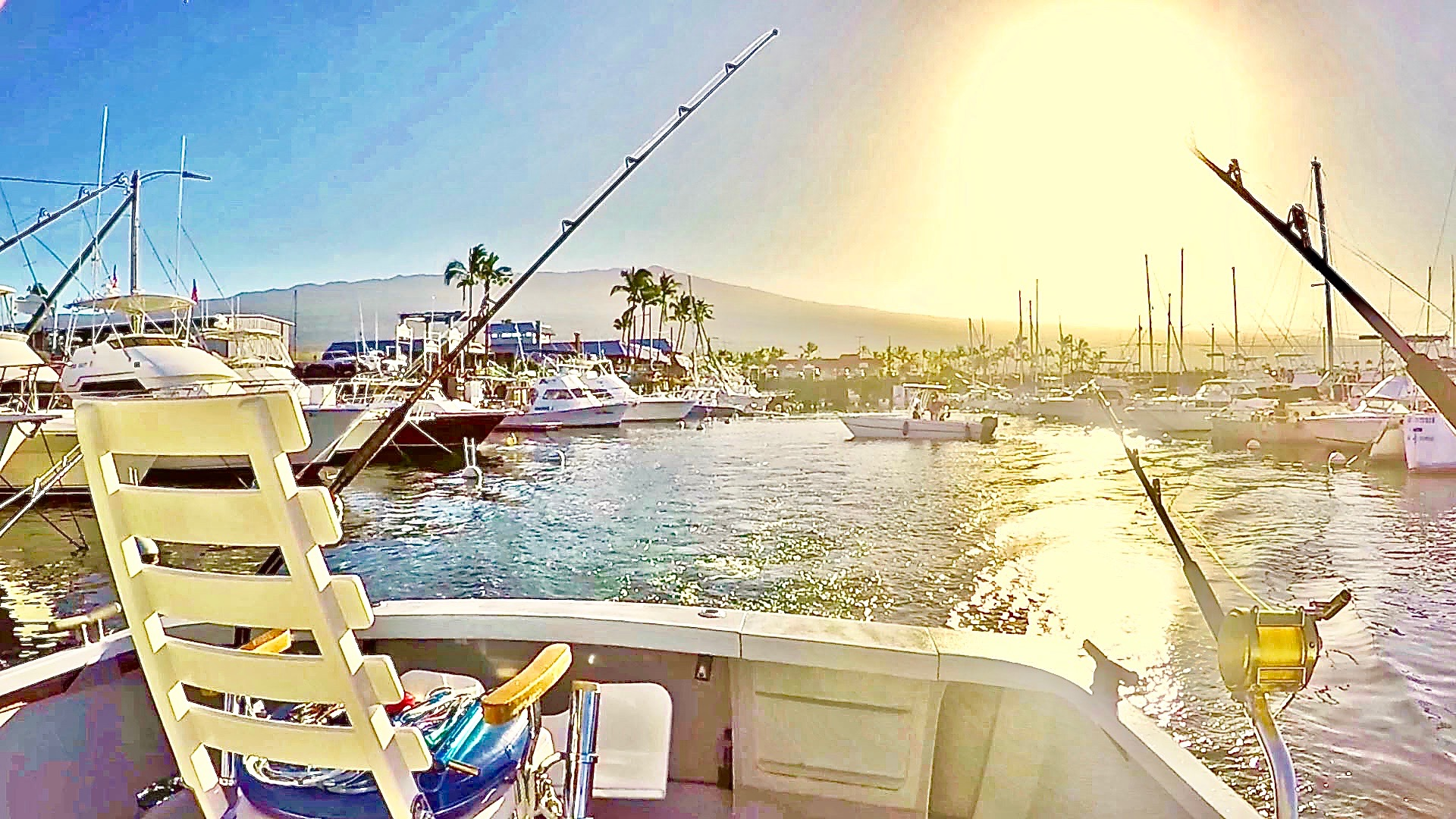 charter-fishing-boat-kona-hawaii