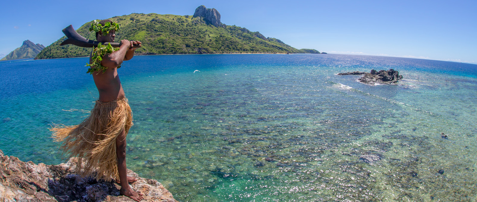 Barefoot-Manta-Island-Fiji-Drawaqa