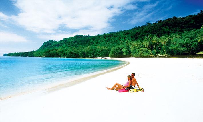 Champagne-Beach-Fiji