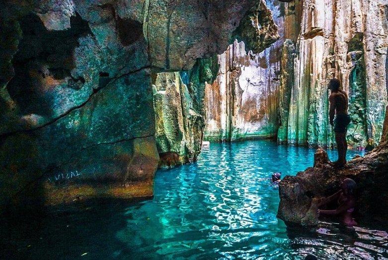 Sawailau-Caves